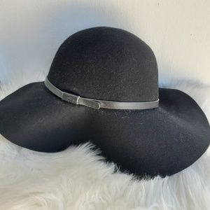 Levi's Bohemian Floppy Brim Hat